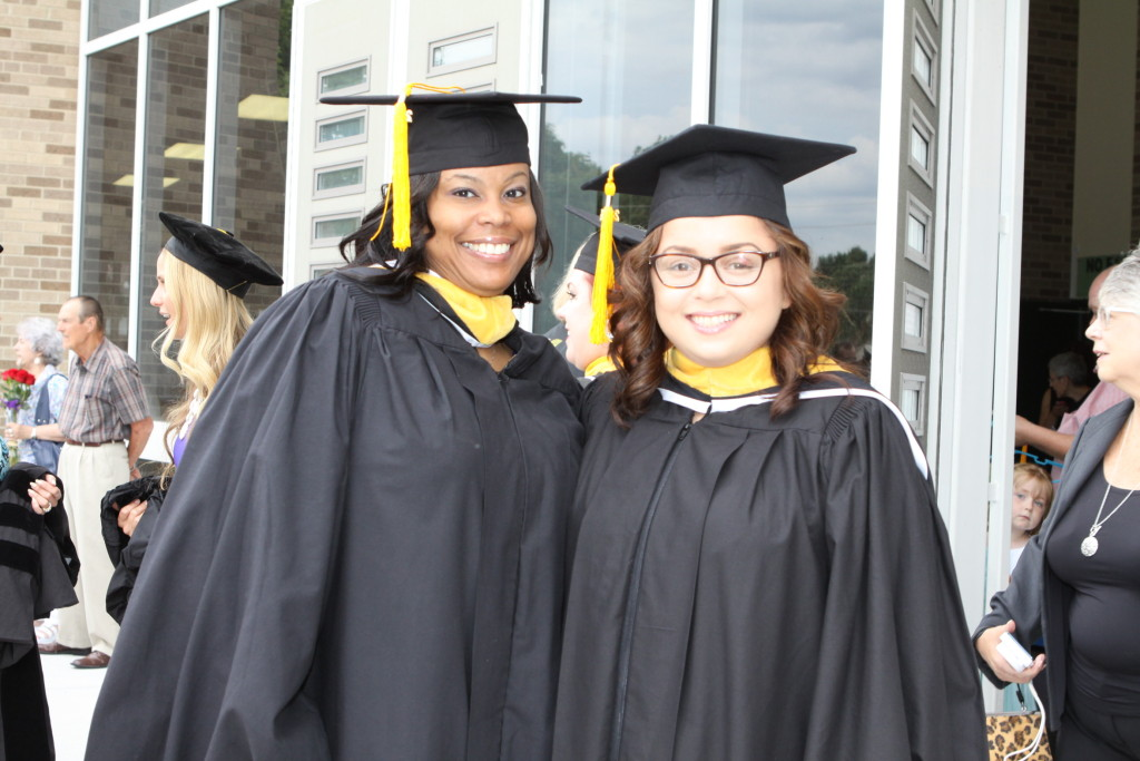 Grads 2014 outside